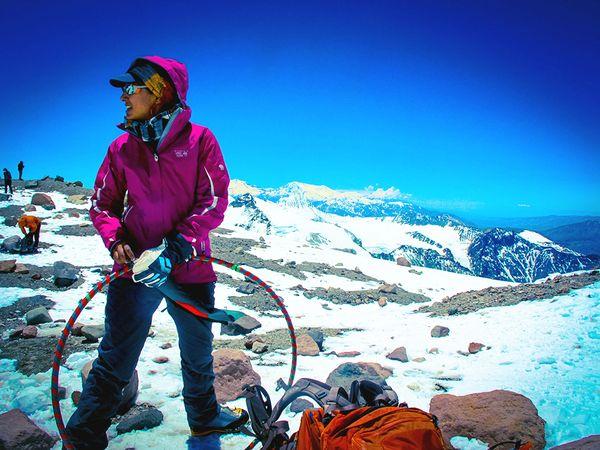 Η Wasfia Nazreen στο Aconcagua | Photo (c) Dan Fredinburg