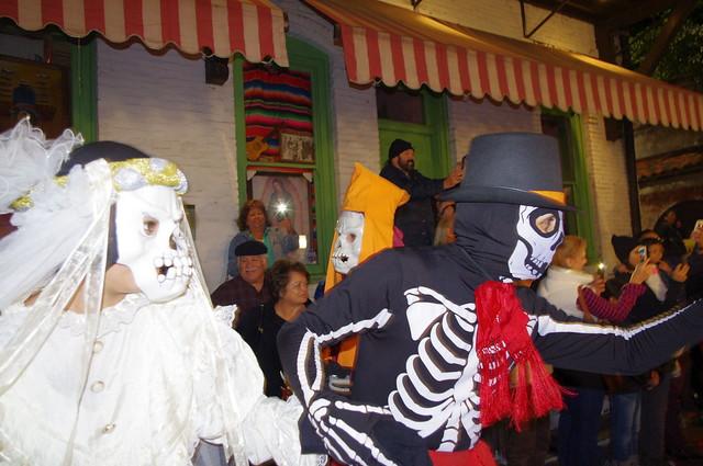 Santa Muerte Y Calavera Catrina