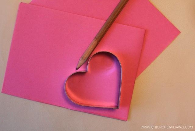 Gold leaf cards tracing shape
