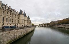 castle(0.0), cityscape(0.0), ditch(0.0), chã¢teau(1.0), water(1.0), river(1.0), body of water(1.0), channel(1.0), reflection(1.0), water castle(1.0), canal(1.0), waterway(1.0), bridge(1.0), moat(1.0),