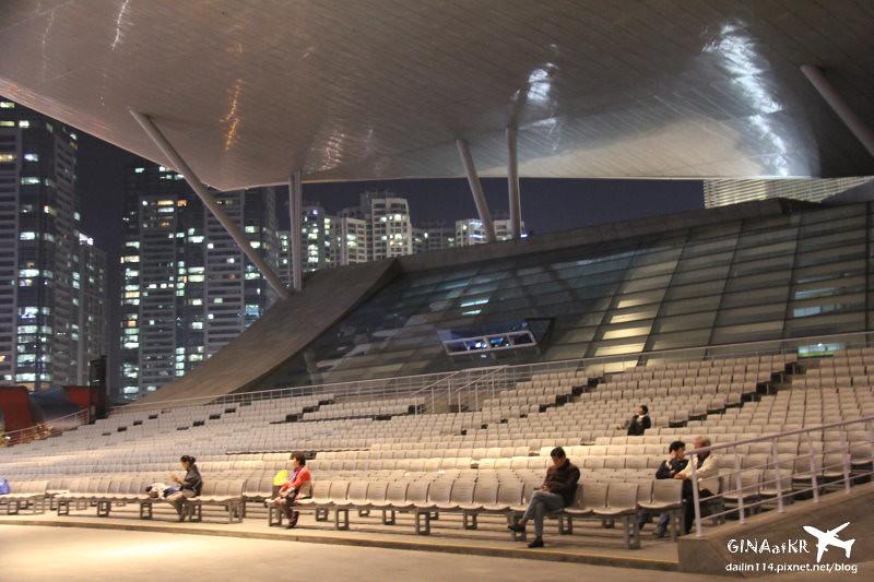 釜山電影的殿堂》國際電影節場地(近海雲台 釜山地鐵Centum City站、新世界百貨、BFXCE釜山會展中心)해운대 영화의전당 @Gina Lin