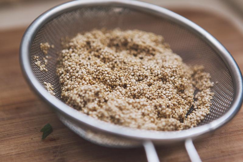 Quinoa com Aspargos e Frango Desfiado