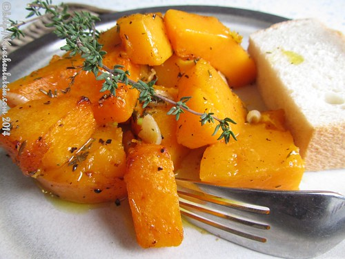©Roast squash with garlic and thyme (2)