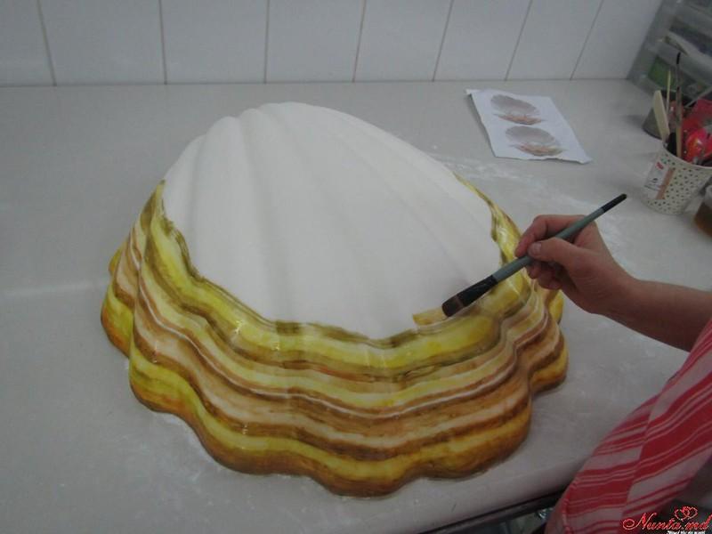 COLIBRI > Cofetarii noștri iscusiţi au creat o adevărată capodoperă de artă!