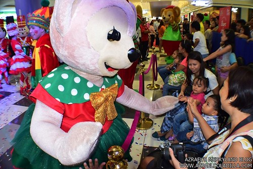 Grand Magical Christmas Parade in SM City Trece Martires (29)