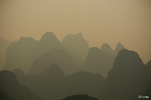 china sunset mist mountains atardecer niebla