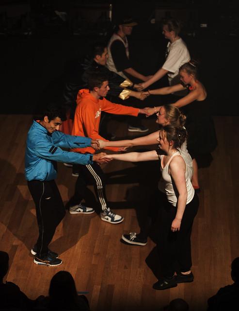 Ungdomsringen og Flava Few viste at det ikkje treng å vere grenser mellom ulike danseartar denne kvelden.