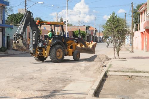 Obras públicas en calle prolongación Moctezuma