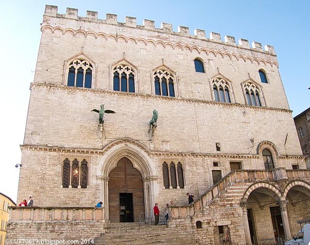 Perugia - Palazzo dei Priori1