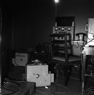 Microphone amplifiers which were made in Yleisradio's workshop and used for broadcasting from the Finnish Parliament, February 1949.