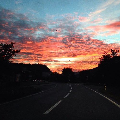 road sunset schweiz switzerland abend sonnenuntergang strasse himmel wolken ems domat graub uploaded:by=flickstagram instagram:photo=548552340664728893344905494 instagram:venuename=bahnhofemswerk instagram:venue=143356200