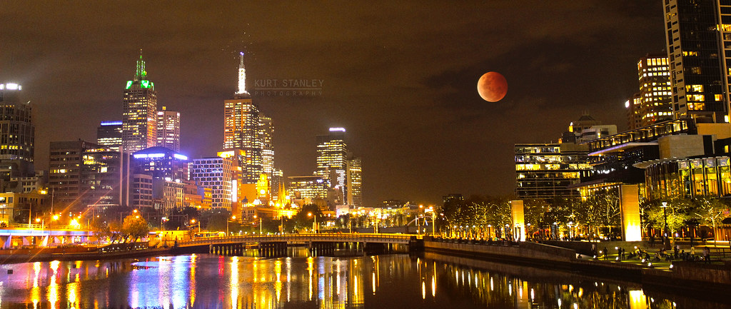Blood moon 2019 dates in Melbourne