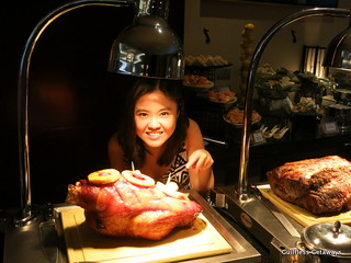 oakroom-ortigas-lunch-buffet.jpg