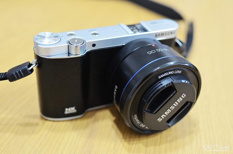 Samsung NX3000_01.jpg