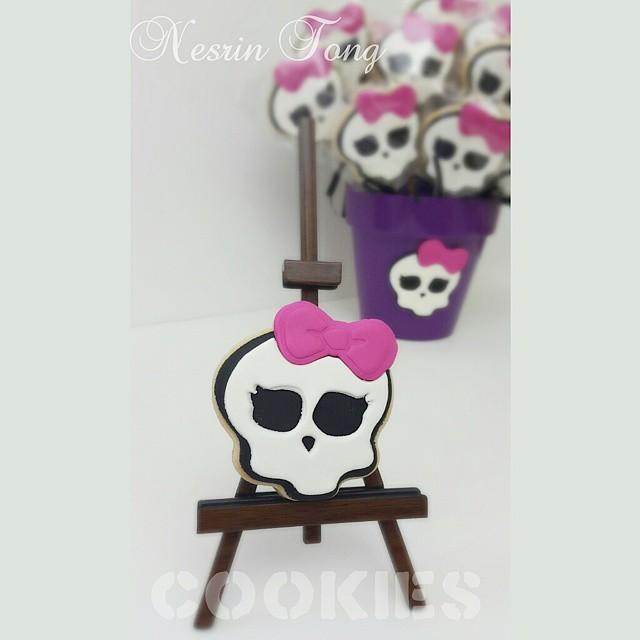 Monster High Kurabiyeleri.. #cookies #kurabiye #monsterhighcookies #birthdaycookies #nesrintong