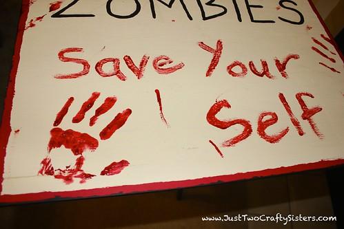 DIY zombie halloween sign