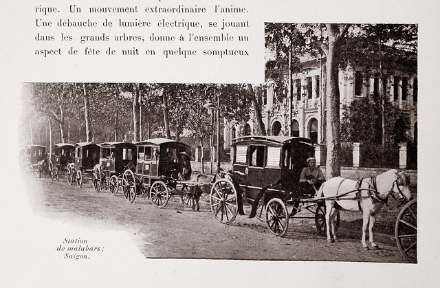 1901 Station de Malabars - Bến xe ngựa trên quảng trường nhà thờ