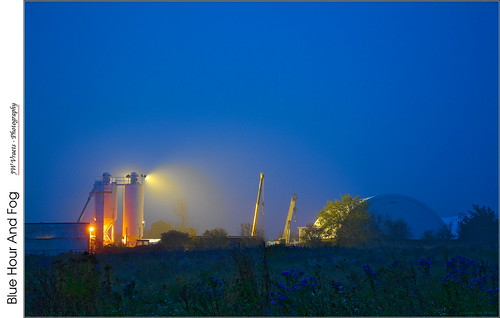 fog dawn nikon industrial gimp bluehour opensource asters agricultural grimsby d7100 rawtherapee nikkor18105mmvr