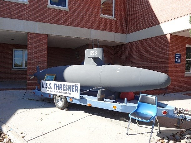 U.S.S. Thresher scale model 10-15-14 (6)