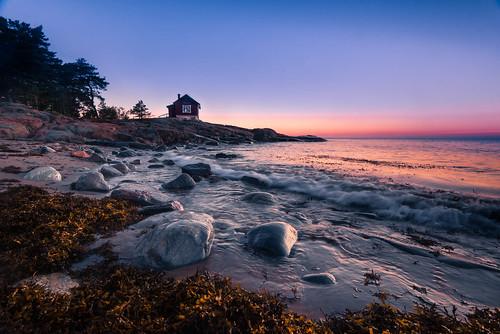 ocean autumn sea seascape sunrise studio dawn seaside nikon wave shore pavilion scandinavia höst havet archipelago hav soluppgång d800 roslagen swedensverige grisslehamn våg väddö tång ålandshav albertengström atelje nikon1635f4 seaofåland albertengströmsatelje östersjön
