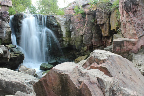 park summer monument nature water minnesota waterfall midwest rocks falls national service pipestone pipestonenationalmonument winniwissa