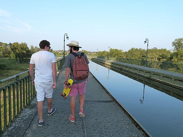 paul et vlem sur le canal