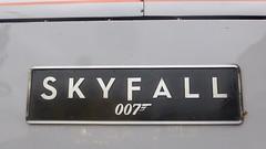 91107 Skyfall platform 2 London King's Cross 1Y32 then 1D32