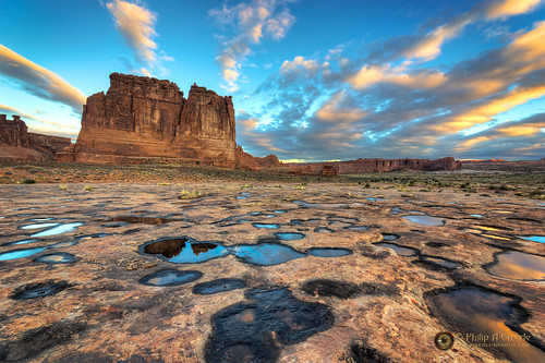 clouds sunrise dawn landscapes utah sandstone rocks anp skies unitedstates scenic moab geology skyscapes archesnationalpark deserts hdr landscapephotography fingolfinphoto philipesterle courthosetowers