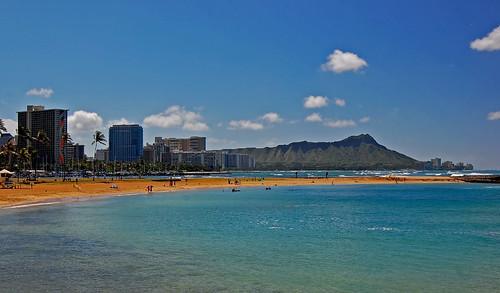 ocean sky clouds hawaii nikon oahu magicisland pacificocean diamondhead honolulu rainbowtower yabbadabbadoo d40 nikond40 alamoanaarea