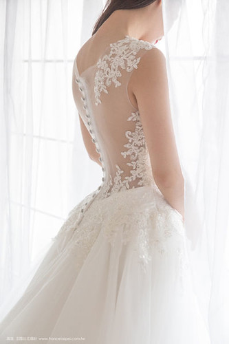 高雄婚紗推薦_高雄法國台北_新娘白紗款式
