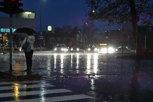 Grandi gocce di #pioggia a #Milano