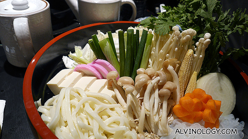 Vegetable and other ingredient for the Sukiyaki (comes with the set)