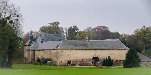 Schalkhoven, kasteel en kasteelhoeve
