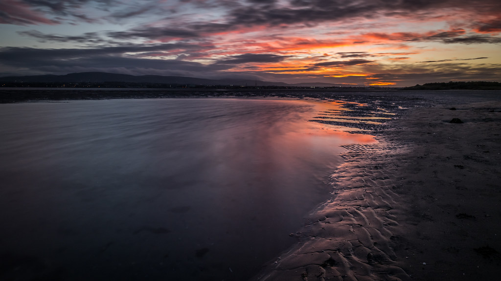Sunset in Sandymount, Dublin, Ireland picture