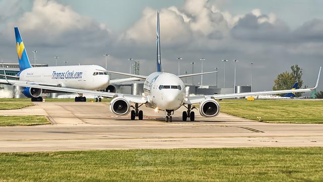Egypt Air B738