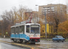 Moscow classic 71-608KM tram. Moskvitch-2140 Vulykh tower
