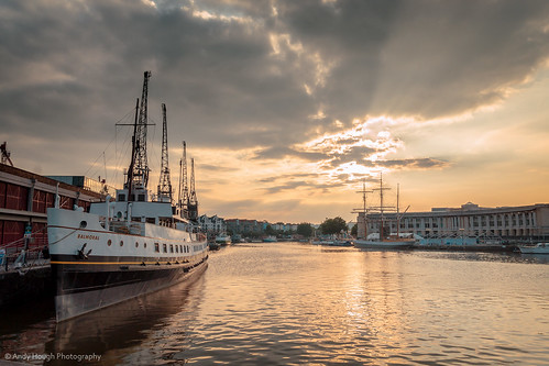 sunset england water clouds bristol boats golden unitedkingdom sony balmoral harbourside a77 bristolharbour sonyalpha andyhough slta77 sonyzeissdt1680 andyhoughphotography