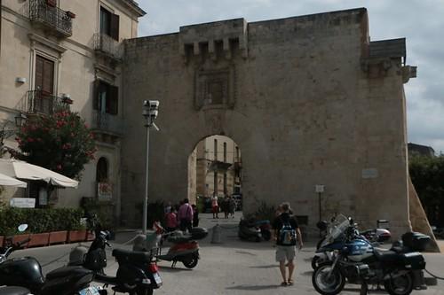 Ortigia: ingresso alla città antica