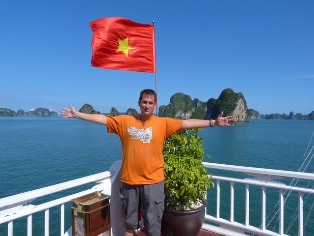 Sele en la Bahía de Halong (Vietnam)