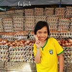 賣蛋的小女孩@菲律賓市集Filipino Market