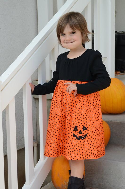 2014-10-18-KidsHlloweenDressShirt-55