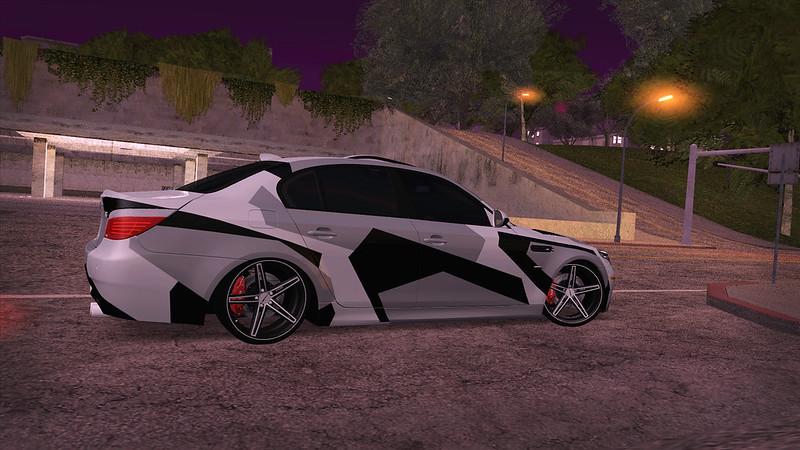 Car pictures 15562331651_0c7ffd7d90_c