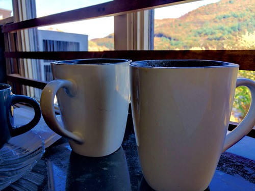 Hot beverages (cider and maple latté) at Amy's