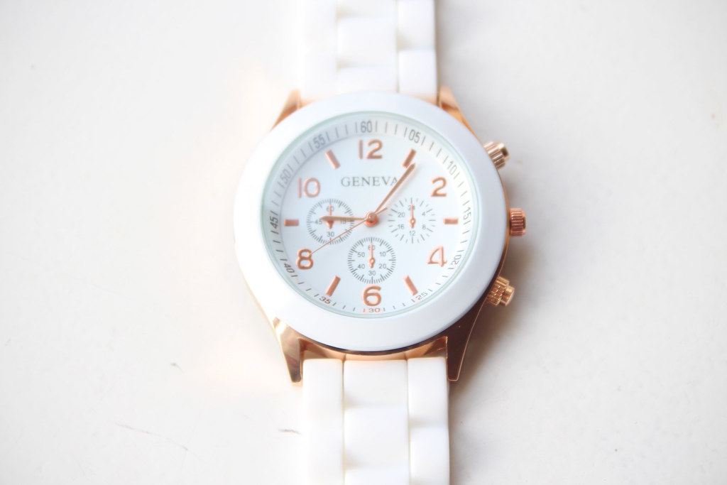 white-geneva-watch-ebay-review