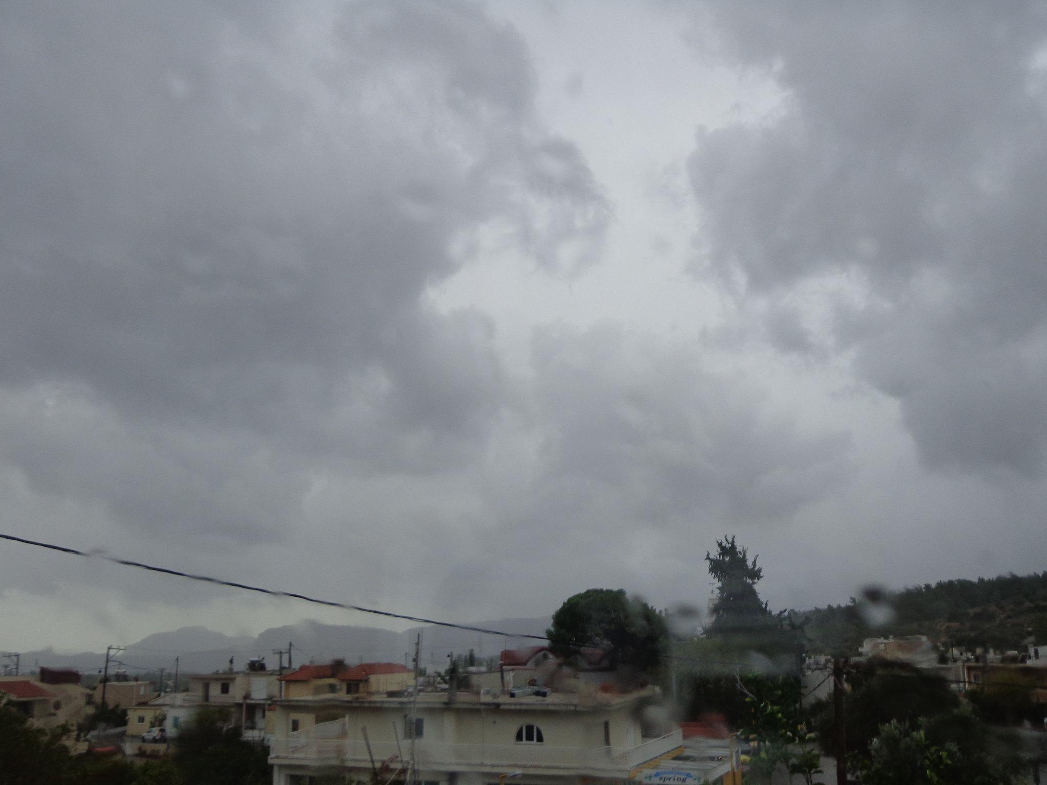 Δεκάλεπτο ισχυρής βροχόπτωσης