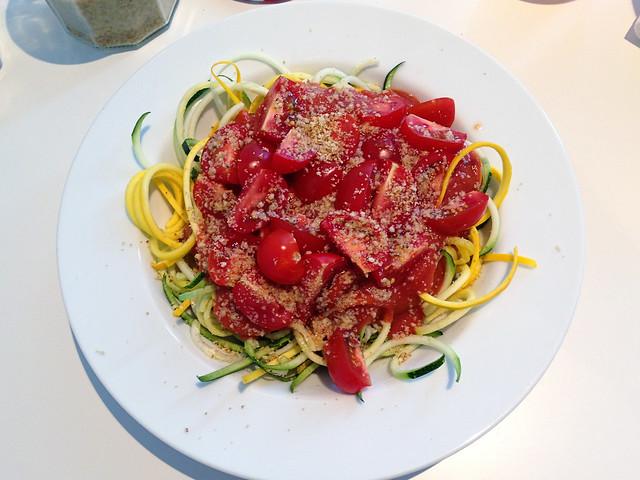 Raw spaghetti marinara