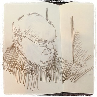#urbansketch #train #portrait #pencil