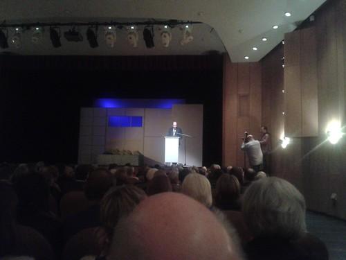 """Theaterpremiere """"Die Reifeprüfung"""" auf Harburgs wiedereröffneter Bühne im Helmssaal im November 2014"""