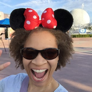 Back at Epcot!! ???? #Epcot #disneyworld #selfie #disney