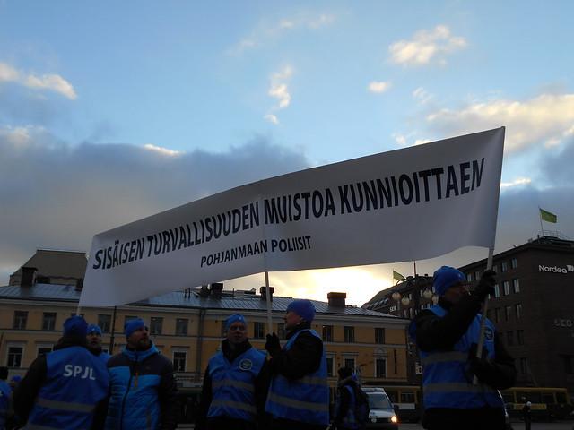 Mielenosoitus 19.11.2014 - Kuva 8